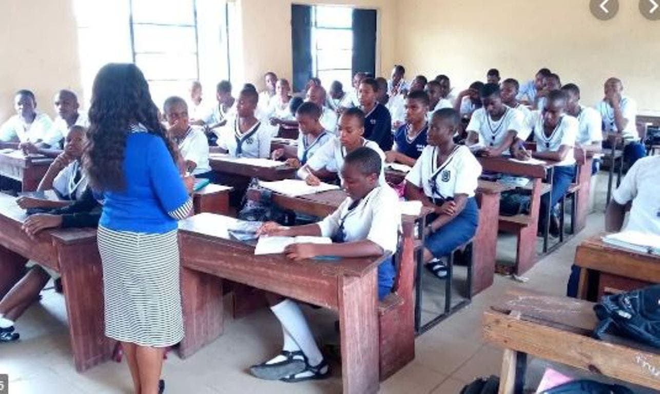 Just In: FG cancels school resumption, reviewing opening process